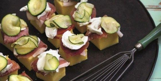 Polenta-crostini met courgette en gerookte ham | Recepten | Ciao tutti - ontdekkingsblog door Italië