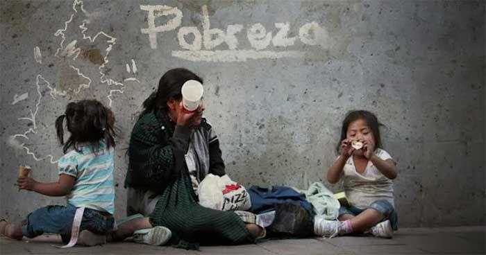 La #desnutrición en sus diversas formas es la más común de las enfermedades. Sus causas se deben en general a deficientes recursos económicos o a enfermedades que comprometen el buen estado nutricional https://farmaciamoralesblog.wordpress.com/…/alimentacion-e…/  https://www.facebook.com/farmacia.doctora.morales