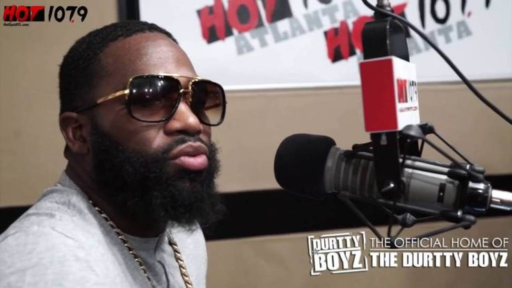 Adrien Broner Tells @TheDurttyBoyz That Floyd Mayweather Is Irrelevant & He Will Surpass Him In Boxing