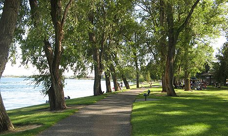 Howard Amon Park, my favorite in the Tri-Cities, a pretty peaceful walk by the river with an awesome playground