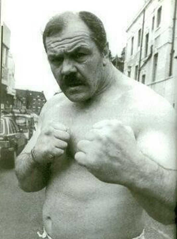 Lenny Mclean aka the Guvnor, champion bare knuckle fighter