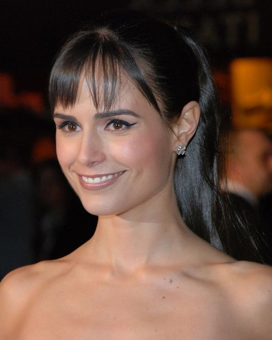 Q & A with Jordana Brewster: Meditation, Eating Healthy & The Mind-Body Connection