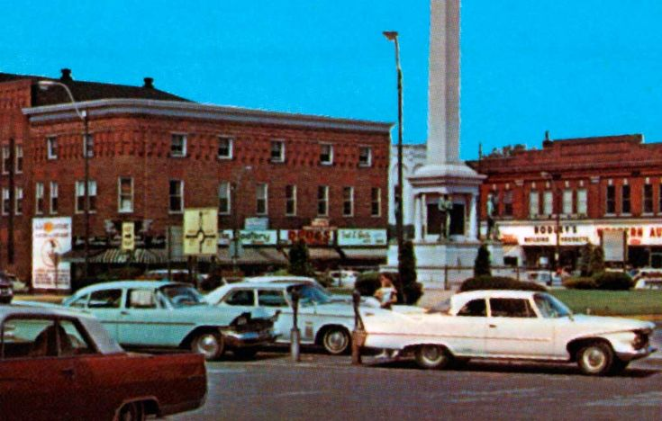 Angola, Indiana | Civil War Monument on Public Square in Angola, Indiana 1958 Plymouth ...