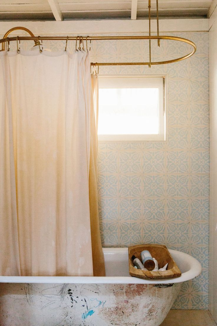 Best 25+ Farmhouse Shower Curtain Rods Ideas On Pinterest   Farmhouse  Style, Farmhouse Window Treatments And Modern Shower Curtain Rods