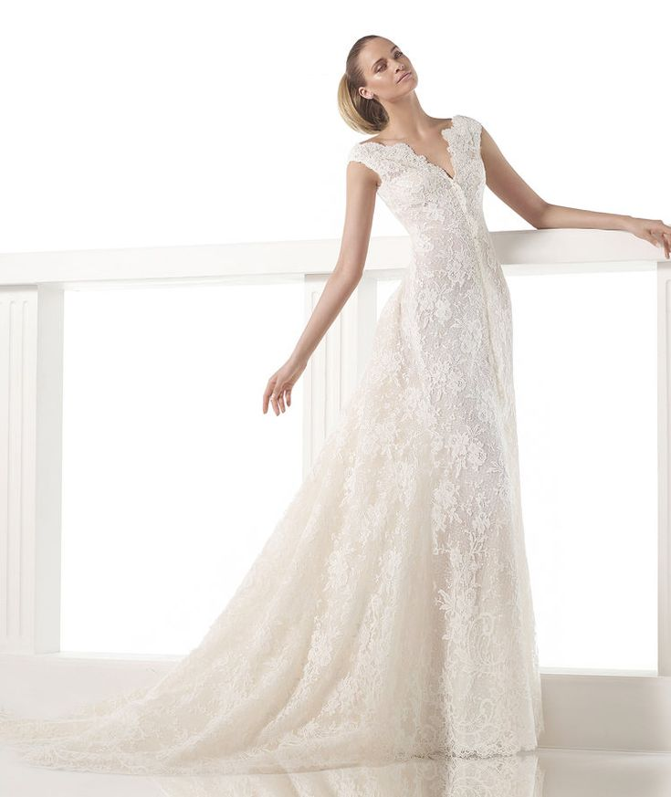 Fancy Canberra Wedding dresses from the Atelier Pronovias collection