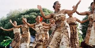 The influence of Maori, Pacific Island, European and Asian cultures makes the arts in New Zealand colourful, unique and vibrant