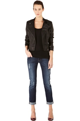 DISTRESSED SLOUCH SKINNY