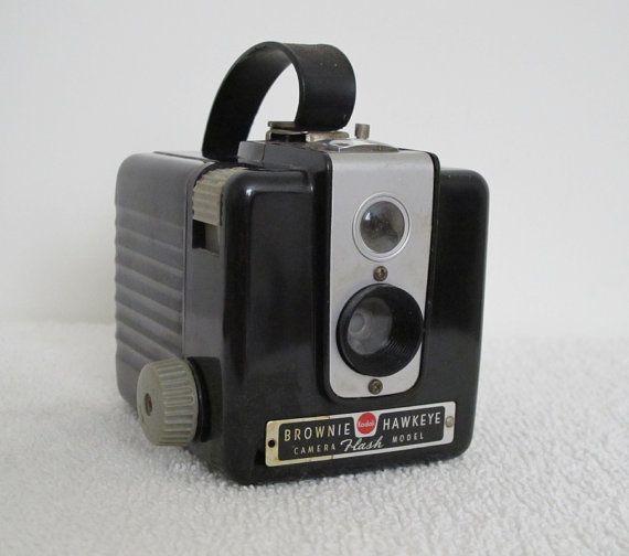 Vintage 1950s Kodak Brownie Hawkeye Camera Flash Model Excellent Display Piece Classic Popular Camera