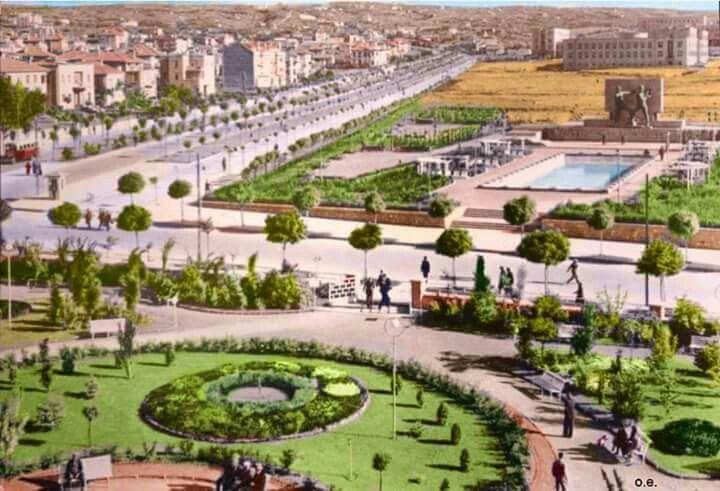 Kızılay , Atatürk Bulvarı, Güven Park 1937