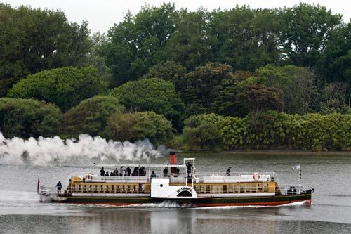 The Waimarie paddle steamer operated on the Whanganui River as far as Pipiriki from 1902 to 1949. It later sank and filled with silt. Salvaged in 1993, it was restored, and since 2000 has run between Whanganui and Ūpokongaro, 13 kilometres upriver. The smaller Wairua operated from Pipiriki to Maraekōwhai, from 1904 to 1938. It was also salvaged, and restoration began in 1987. Since 2006 it has made runs to Hīpango Park, 25 kilometres up the river.