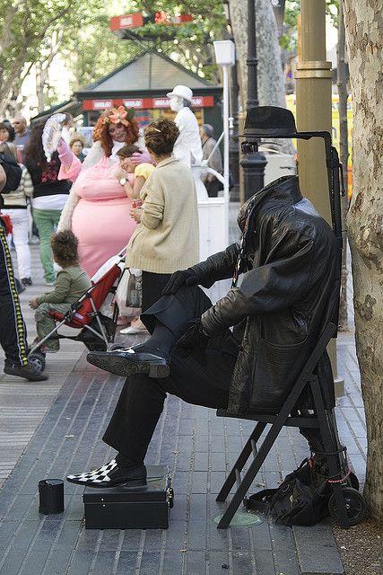 Estatuas vivientes en Las Ramblas de Barcelona