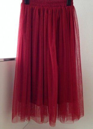 Kupuj mé předměty na #vinted http://www.vinted.cz/damske-obleceni/midi-sukne/16324179-nadherna-kvalitni-snova-ruda-handmade-tylova-sukne-s-podsivkou-v-midi-delce