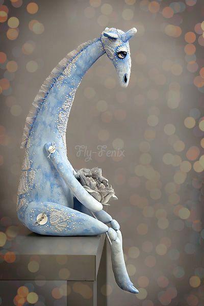 Замечательная работа Юлии Гориной - Снежный Жираф - жираф,снежный,зимний,грустный,влюбленный,синий,бязь,акрил