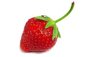 Dientes blancos con fresas - Trucos de belleza caseros