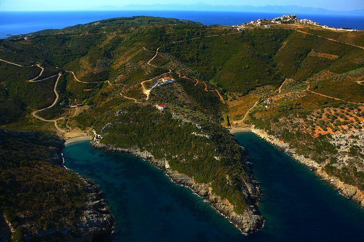 La Baia di Ghialia - Alonnisos - Greece  http://globetrotter-blog.com/listing/alonnisos-greece/