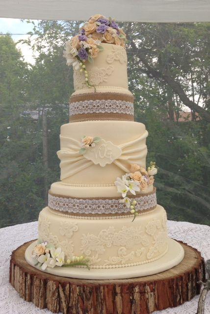 Vintage Rustic Wedding Cake | June 27, 2015 | Pinterest | Rustic ...