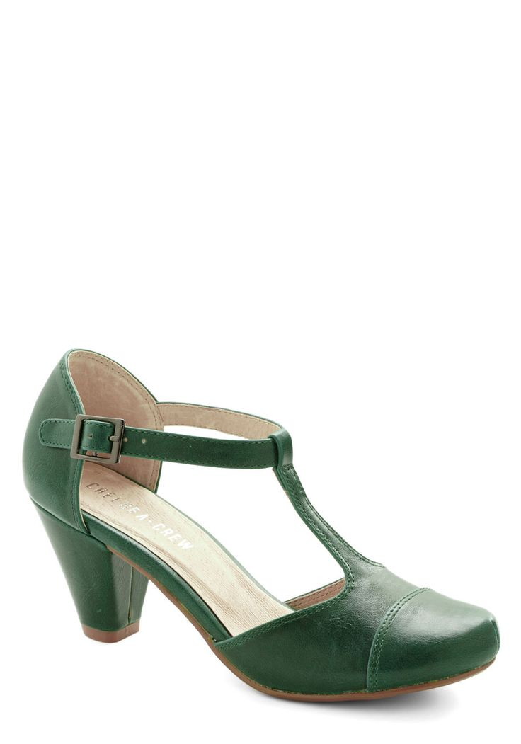Green Room Heel. Pre-show jitters are the last thing on your mind as you enjoy a glass of champagne with these emerald heels by Chelsea Crew kicked up backstage. #green #modcloth