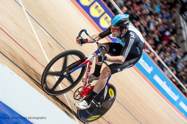 Team Sky Alex Dowsett finished second behind Owain Doull in the points race (© British Cycling / Andy Whitehouse Photography)