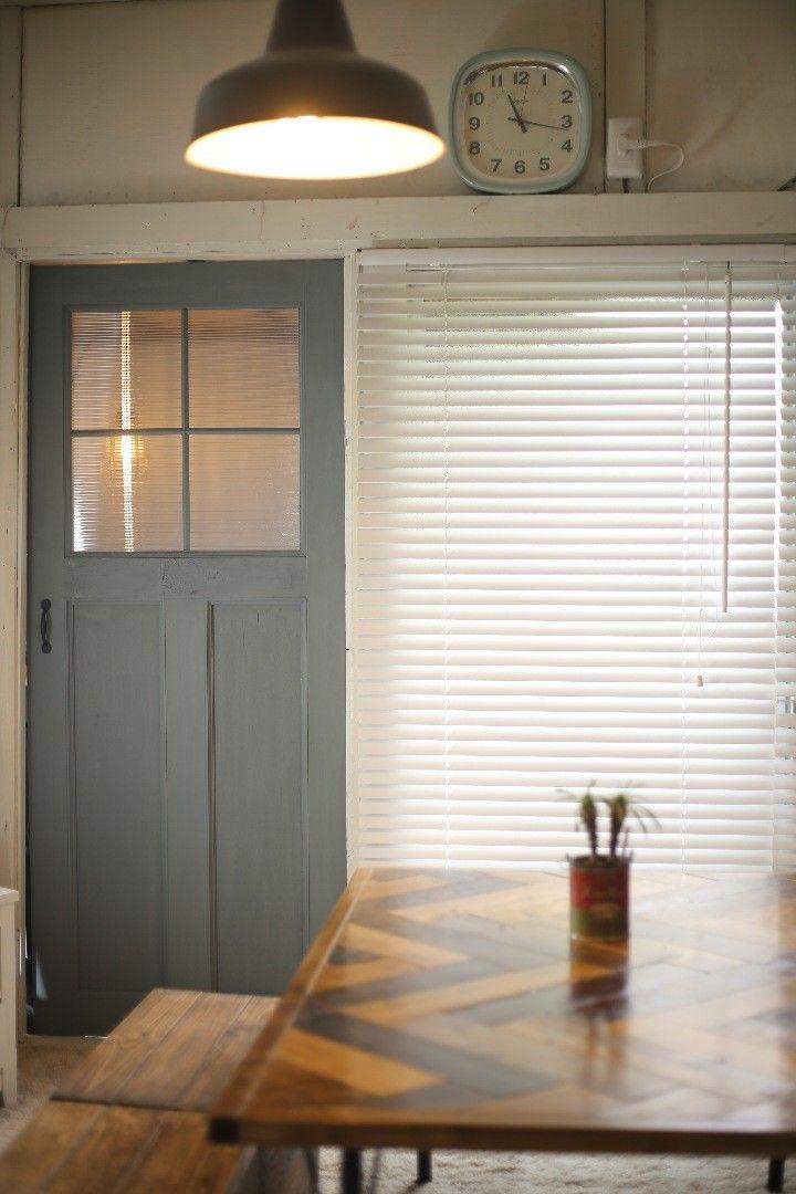室内ドアをdiy 意外と簡単 おしゃれなアンティーク調ドアの作り方 室内ドア ドアリフォーム 室内