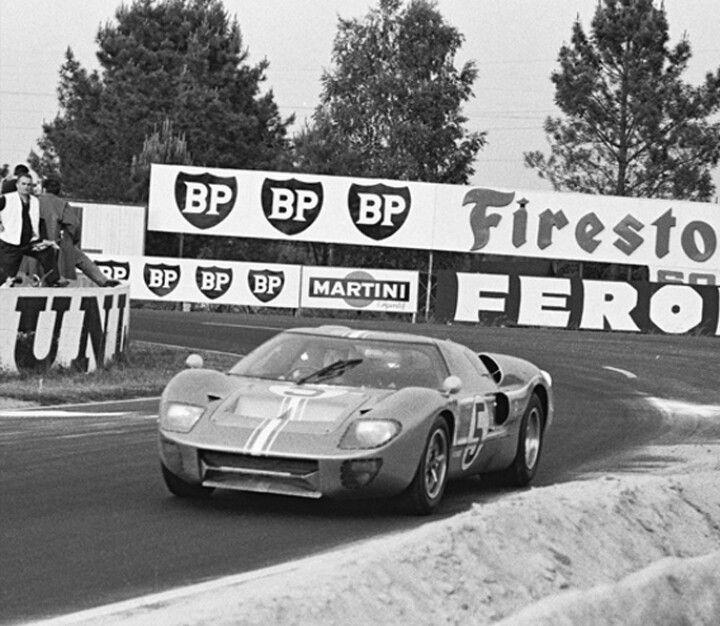 Le Mans 1967 Ford Gt Mk Ii B 1031 N 5 Frank Gardner Roger Mccluskey Crashed At 3 35 A M Ford Gt Sport Cars Ford Gt40
