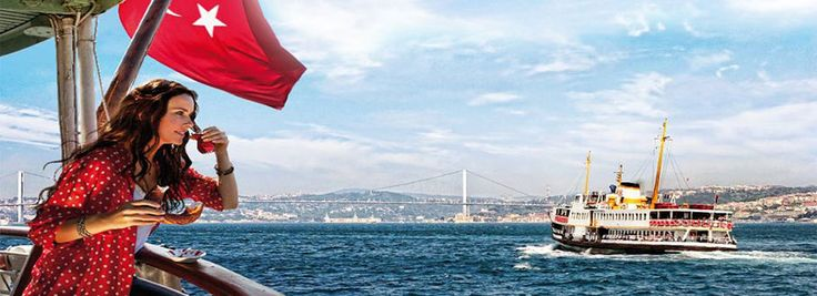 Full Day Bosphorus Cruise and Dolmabahce Palace Tour with Lunch