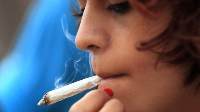 Researchers at Washington State University have found that females may build up a tolerance to marijuana more easily than males do. In the past researchers have seen that people with an increased tolerance of a drug are more likely to become addicted to it, which means women may want to think twice before going joint for joint withRead More