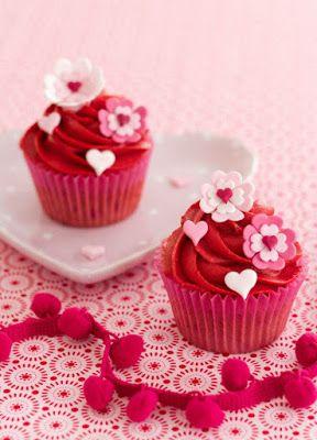 Cupcakes con corazones rojos para San Valentín | Ideas Deco - Tortas
