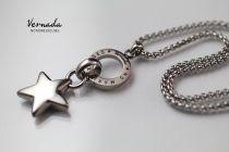 Vernada Design NO MORE EXCUSES -siro kaulaketju, TÄHTI, TERÄS  #Vernada #jewelry #koru #teräskoru #ruostumatonteräs #suomestakäsin #käsityökortteli #finnishdesign #finnishfashion