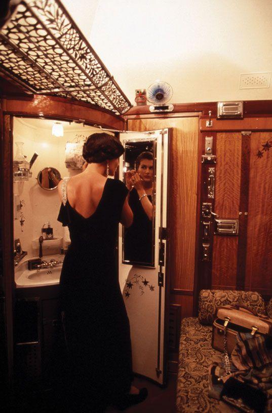 Femme Pansement sur l'Orient Express