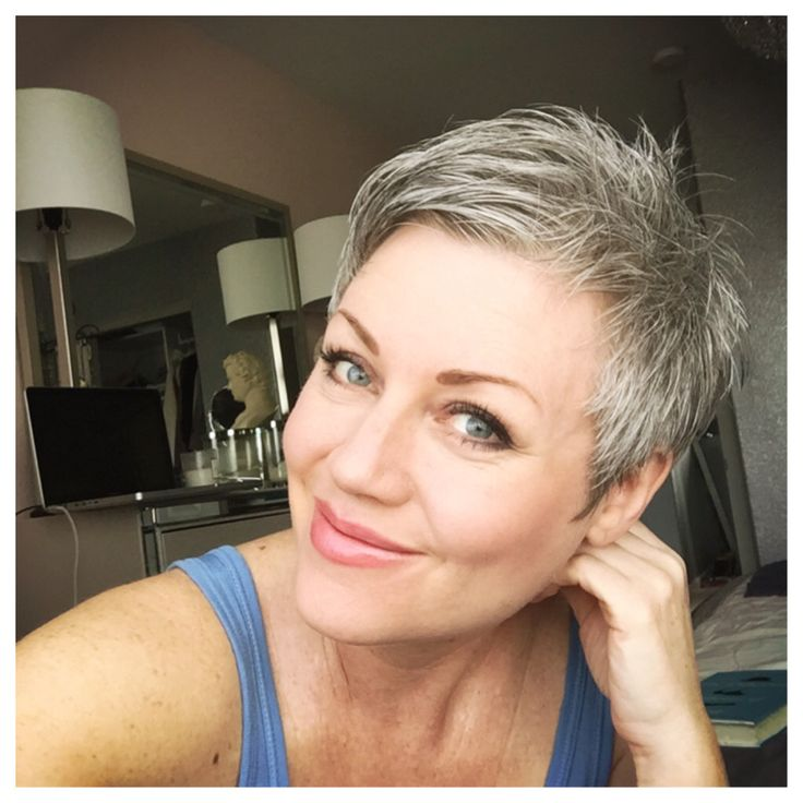 Absolutely loving the fact I don't dye my hair anymore.... I can't believe how much simpler my life is with short natural hair :) #Pixie #shortgreyhair #sparkles