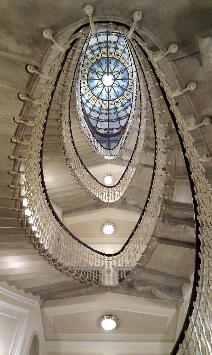 Art and Architecture Architecturia — Hotel Bristol, Genoa lovely art