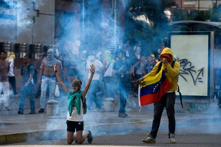 Image result for abril 2017, protestas en venezuela