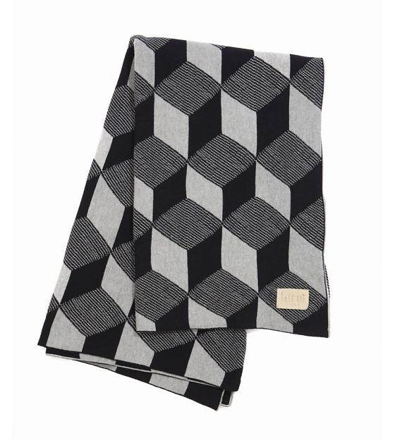 Ferm Living Decke Square aus Baumwolle, schwarz/weiß, 120x150cm - lefliving.de