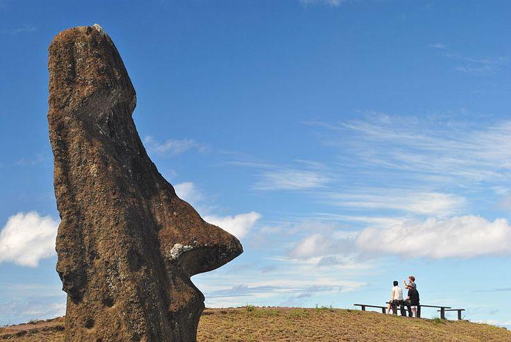 Rano Raraku, Rapa Nui. (Foto: Javier Ramos) Una de las 10 fotos más bellas de Chile