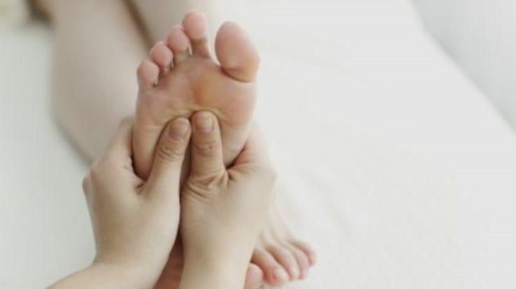 Twee derde van alle Nederlanders heeft last van slapeloosheid. Veel mensen hebben moeite met doorslapen en worden zo'n drie keer per nacht wakker. Dat blijkt uit onderzoek van onderzoeksbureau Medi…