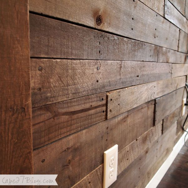 """We finished the pallet wall, whoop whop! Can I get a """"heck yes""""? Last time we checked in we'd left you with this.And last time we did a walkthrough in the living room it was looking pretty sad, like this: Solution. Pallet wall! Before we get into the details I'll show off the good stuff, …"""