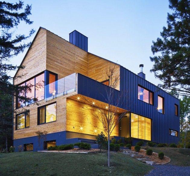 Maison en bois avec bardage métallique - Visit the website to see all pictures http://www.amenagementdesign.com/architecture/maison-en-bois-avec-bardage-metallique