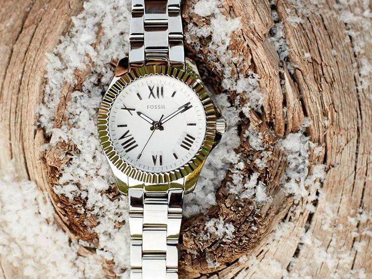 Fossil horloge dames | Bi-color zilver & goud | Voordelig Fossil horloge kopen doe je op http://www.horlogesstyle.nl/fossil-horloges #fossil #dameshorloges #bi-color