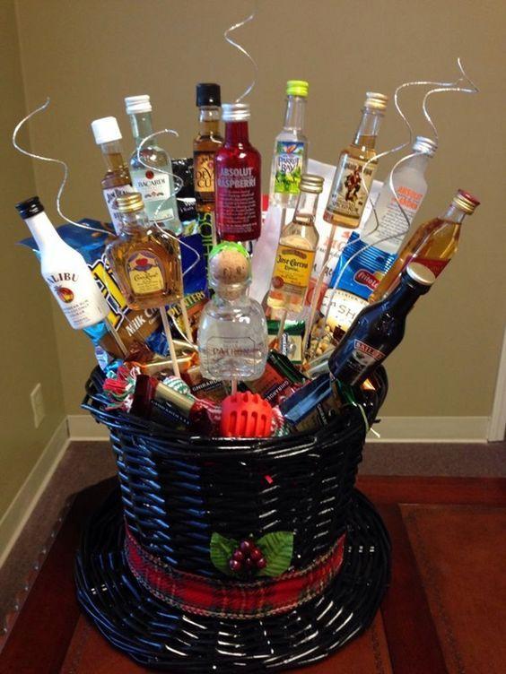 Best 25 Christmas Gift Baskets Ideas On Pinterest