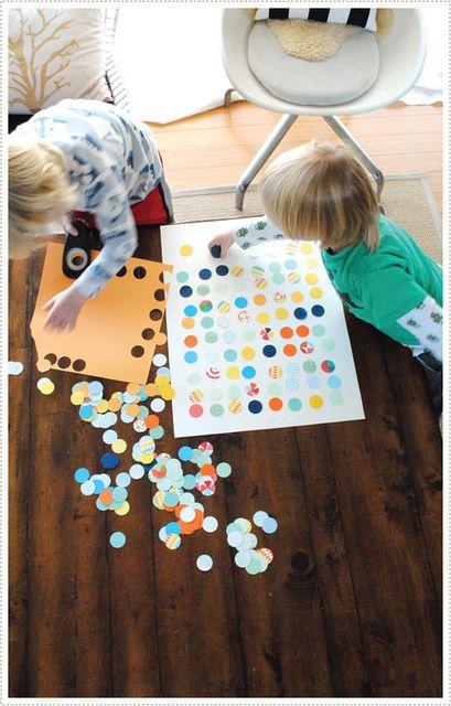 A fun and kid-friendly DIY: making dot art.
