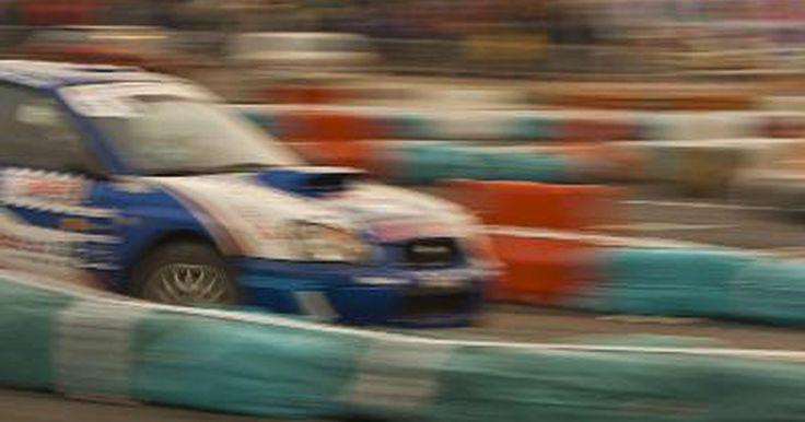 Como fazer um carro de rali. Nas arenas competitivas de esportes automotivos da atualidade, você seguramente encontrará uma pista que gosta se participar de uma corrida de rali. Essa forma de corrida envolve um tipo de veículo que pode andar em estradas sujas, travessias de rios e em corridas de alta velocidade em vias pavimentadas, fazendo da corrida de rali a forma mais ...