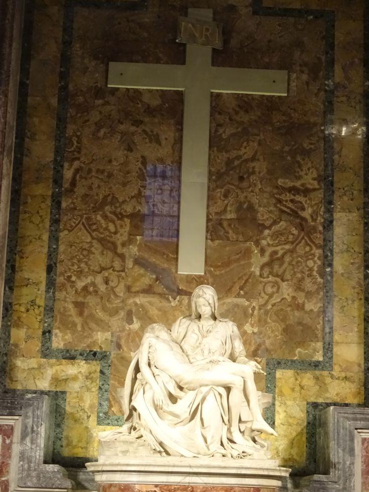 La Pietà- di Michelangelo