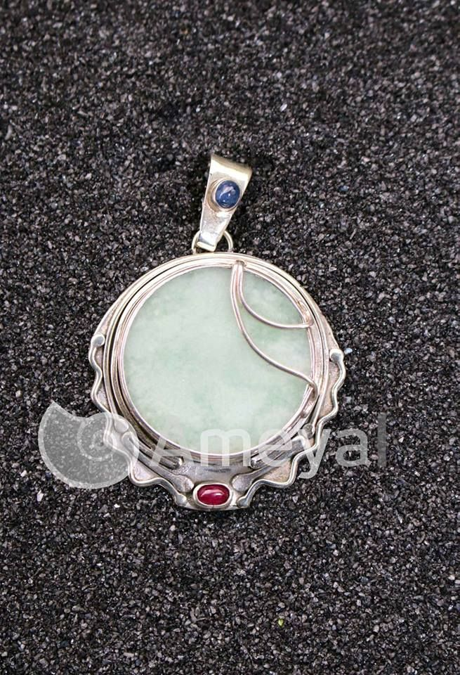 Time - Silver pendant jewelry with Saphire from Myanmar, Jade from Guatemala and Ruby  from Myanmar