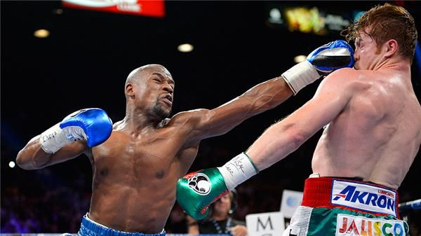 A master at work  Beautiful boxing tonight