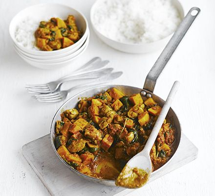 Keep warm with a lovely chicken and sweet potato curry filled with fresh veg. #kidsmeals #food