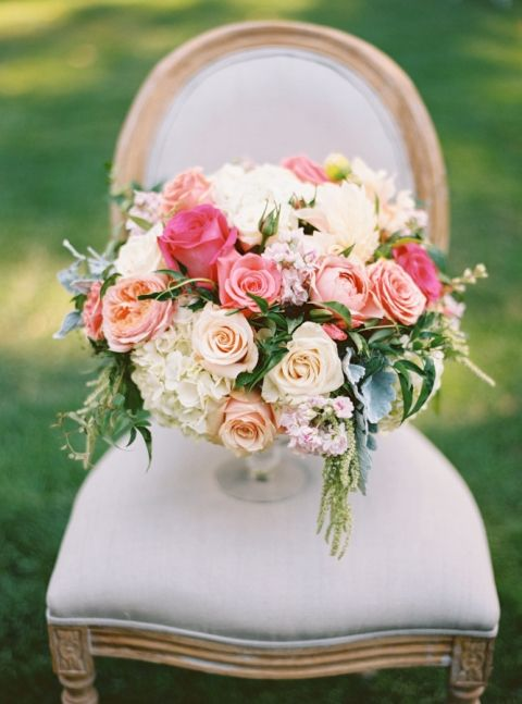 Summer Garden Inspired Centerpiece | Jessica Burke Photography | http://heyweddinglady.com/playful-elegance-pastel-peach-pink/