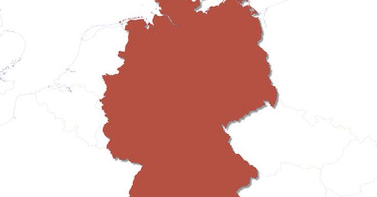 Proyectos de aprendizaje sobre la cultura alemana para los niños. Desde Bach a los automóviles BMW, Alemania tiene una cultura distinta y fascinante. Conserva tradiciones centenarias mientras influye y participa en el mundo moderno de la moda, el deporte, los automóviles y los medios de comunicación. No obstante, no tienes que viajar a Alemania para aprender sobre su cultura, o para enseñarles a tus hijos al ...