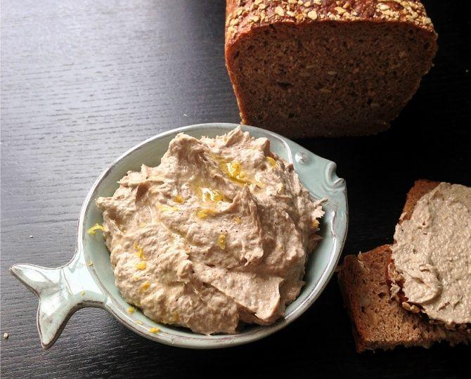 Рецепты: Селедочный паштет на завтрак - отличное дополнение к утренним тостам