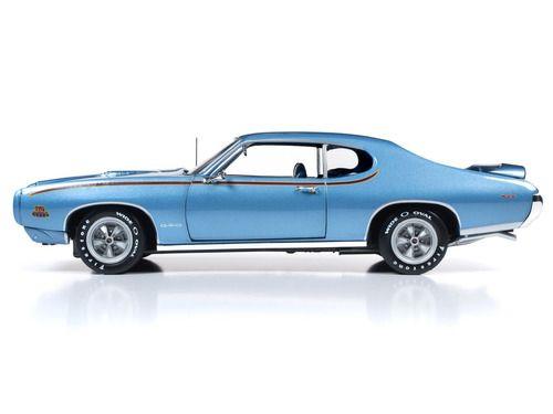 """1969 Pontiac GTO Richter Warwick Blue """"MCACN"""" 10th Anniversary Limited Edition auf 1.002 Stück Worldwide 1/18 Diecast Model Car von Autoworld"""