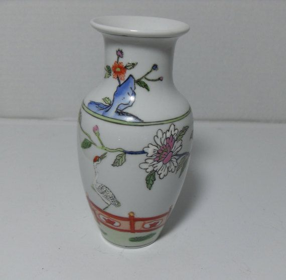 Asian hand painted crane vase with gold by GingersLittleGems